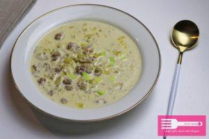 Kaese Lauch Suppe mit Hackfleisch