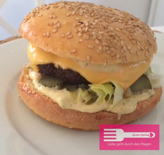 Burger mit Big Mäc Sauce