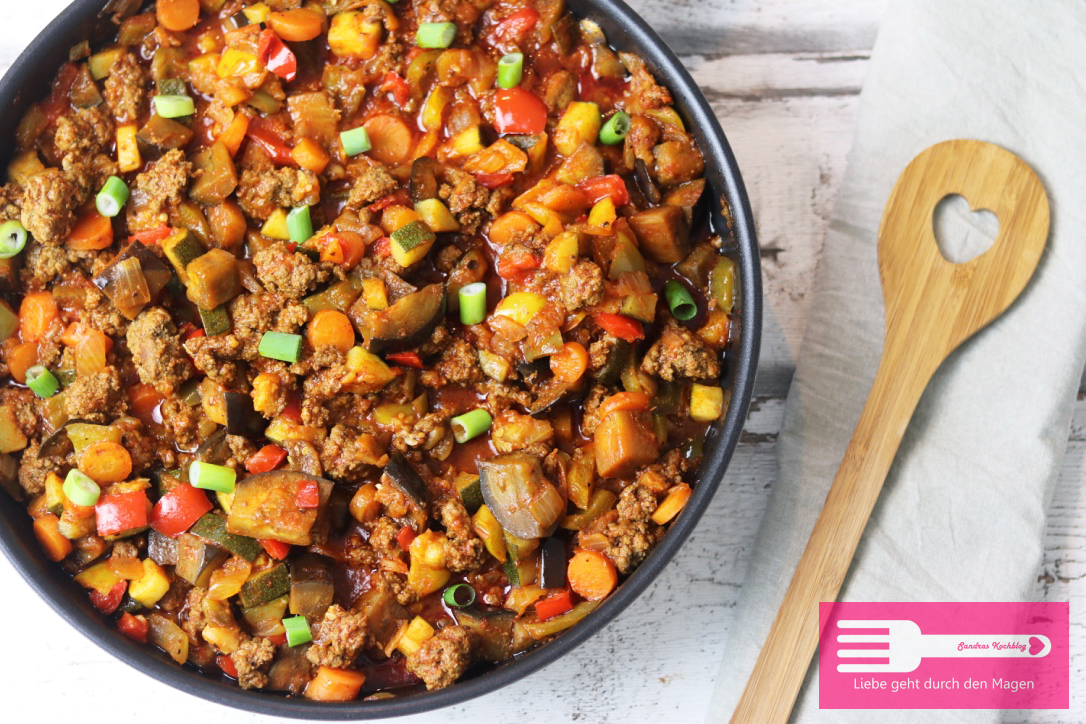Rezept mit zucchini paprika und hackfleisch