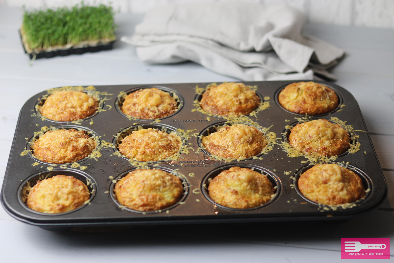 Fertig sind die leckeren, knusprigen Kartoffel Muffins