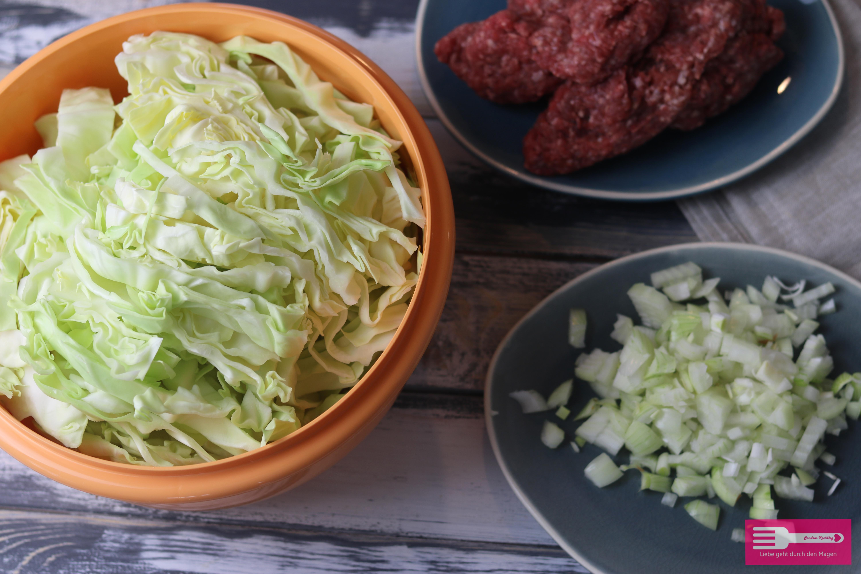 Spitzkohl Pfanne mit Paprikafrischkäse und Hackfleisch Low Carb