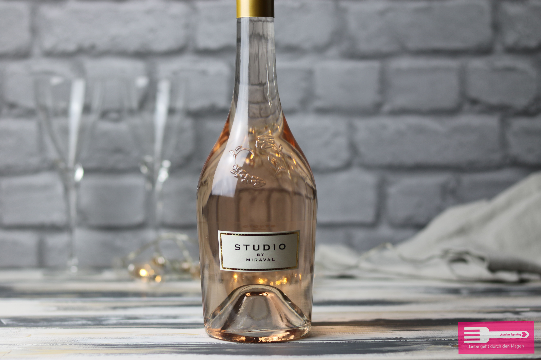 """Ein toller Rosé Wein, der """"Studio by Miraval"""" von den Weinfreunden"""