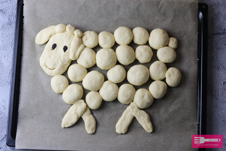 Hefe Schaf für den Osterbrunch Anleitung