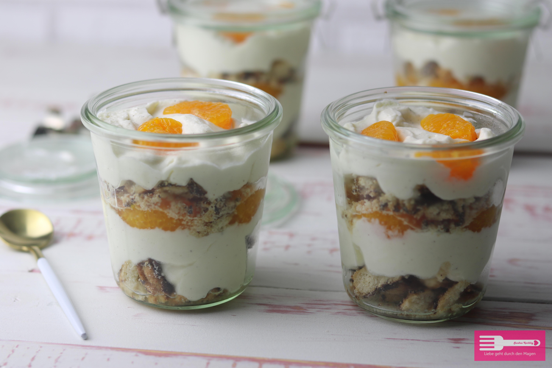 Dessert mit griechischem Joghurt und Mandarinen, sommerlich leicht und einfach gemacht