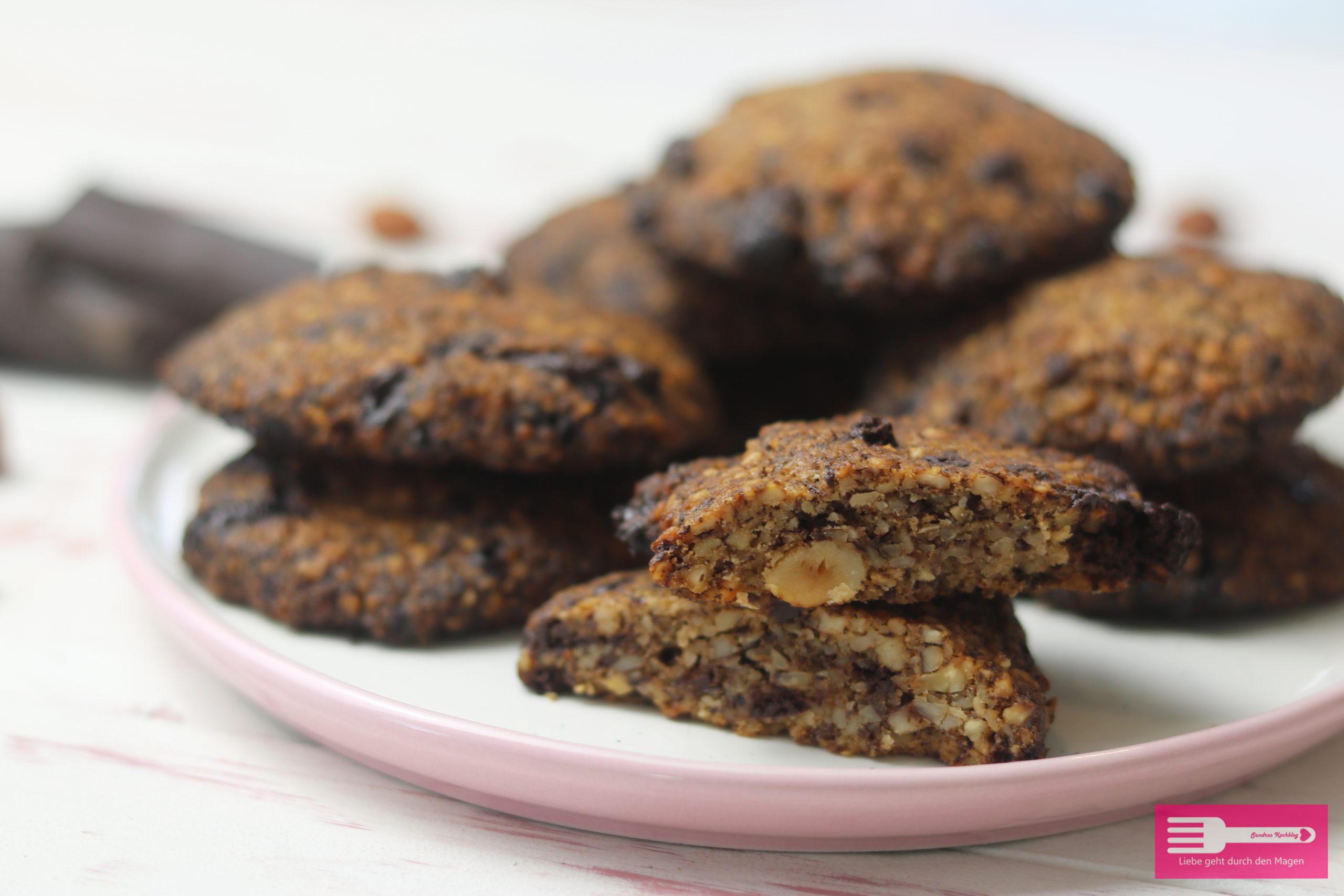 Low Carb Schoko Haselnuss Cookies