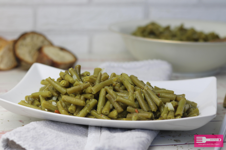 Grüne Bohnen Salat mit Essig Öl Dressing Klassisch